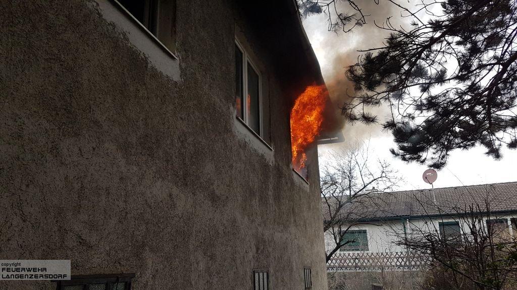 Einsatzfoto Wohnhausbrand