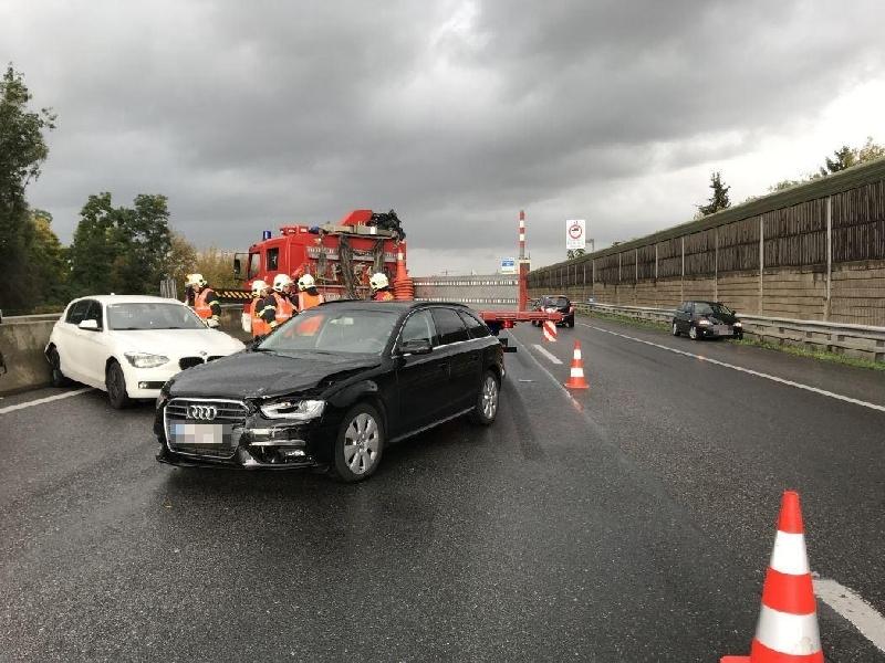 Einsatzfoto Verkehrsunfall A22 mit 3 PKW