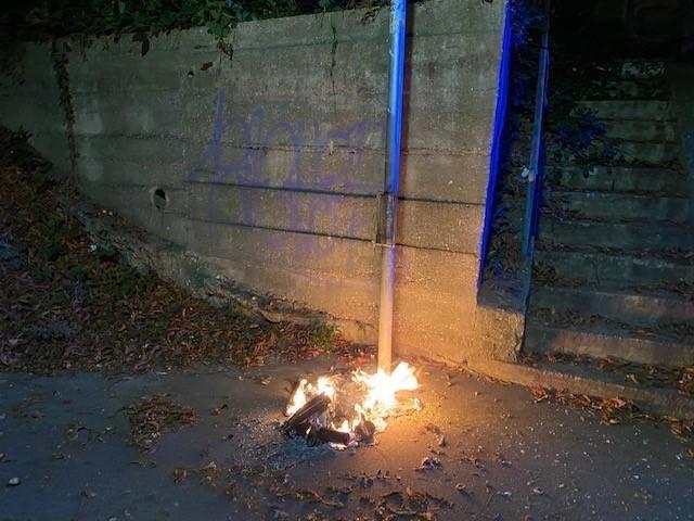 Einsatzfoto Brennender Müllbehälter